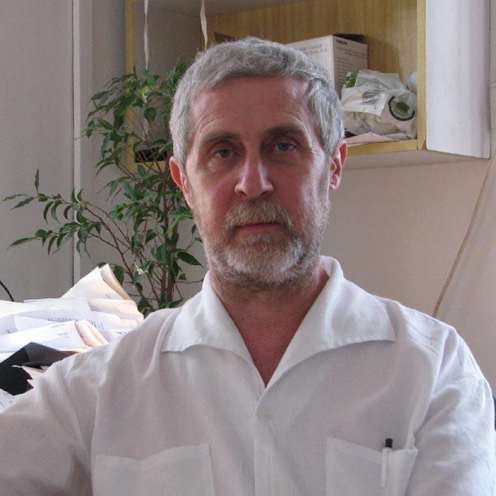 Dr Hazslinszky Péter